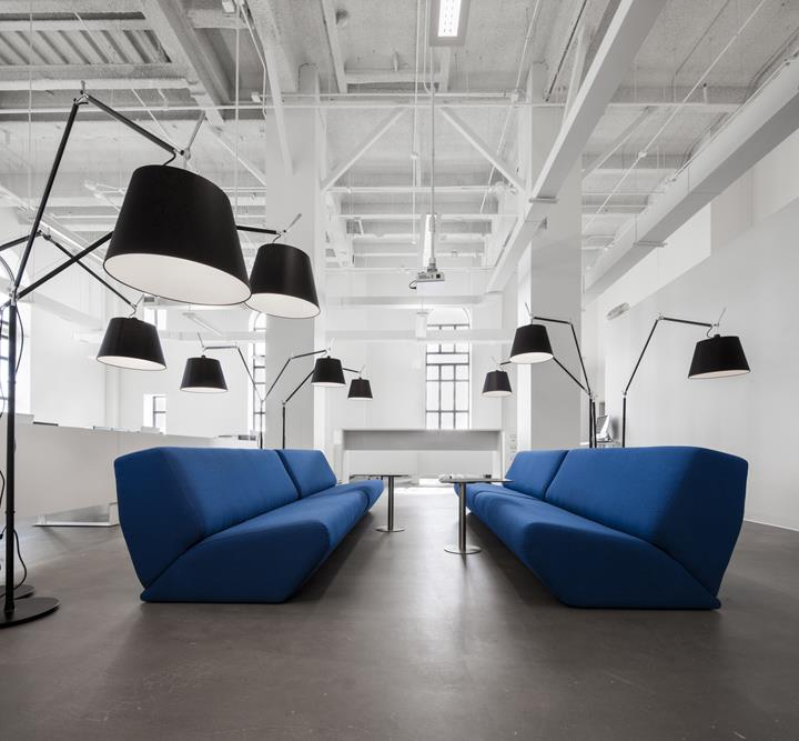 BLUE-Communication-office-Jean-Guy-Chabauty-Anne-Sophie-Goneau-Montreal