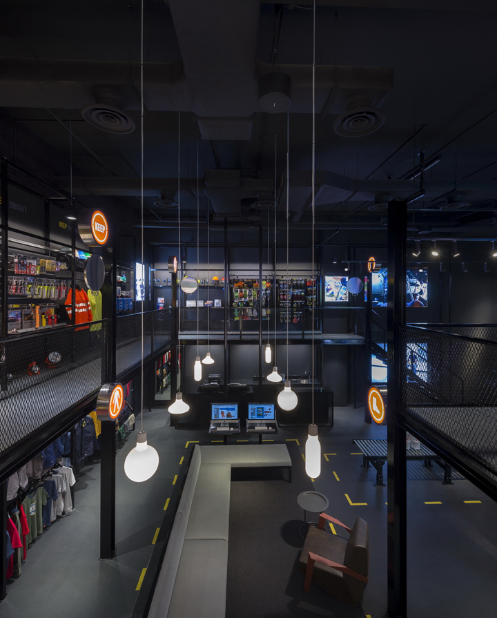 Durasafe-flagship-store-by-Ministry-of-Design-Singapore-05