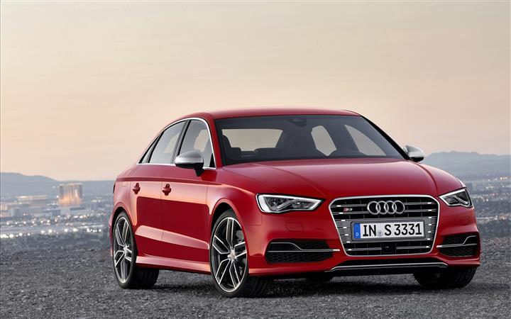 Audi-S3-Sedan-2014-widescreen-05