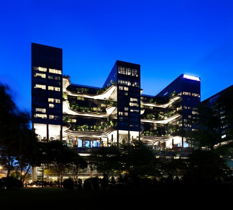 exterior-parkroyal-sky-garden-hotel