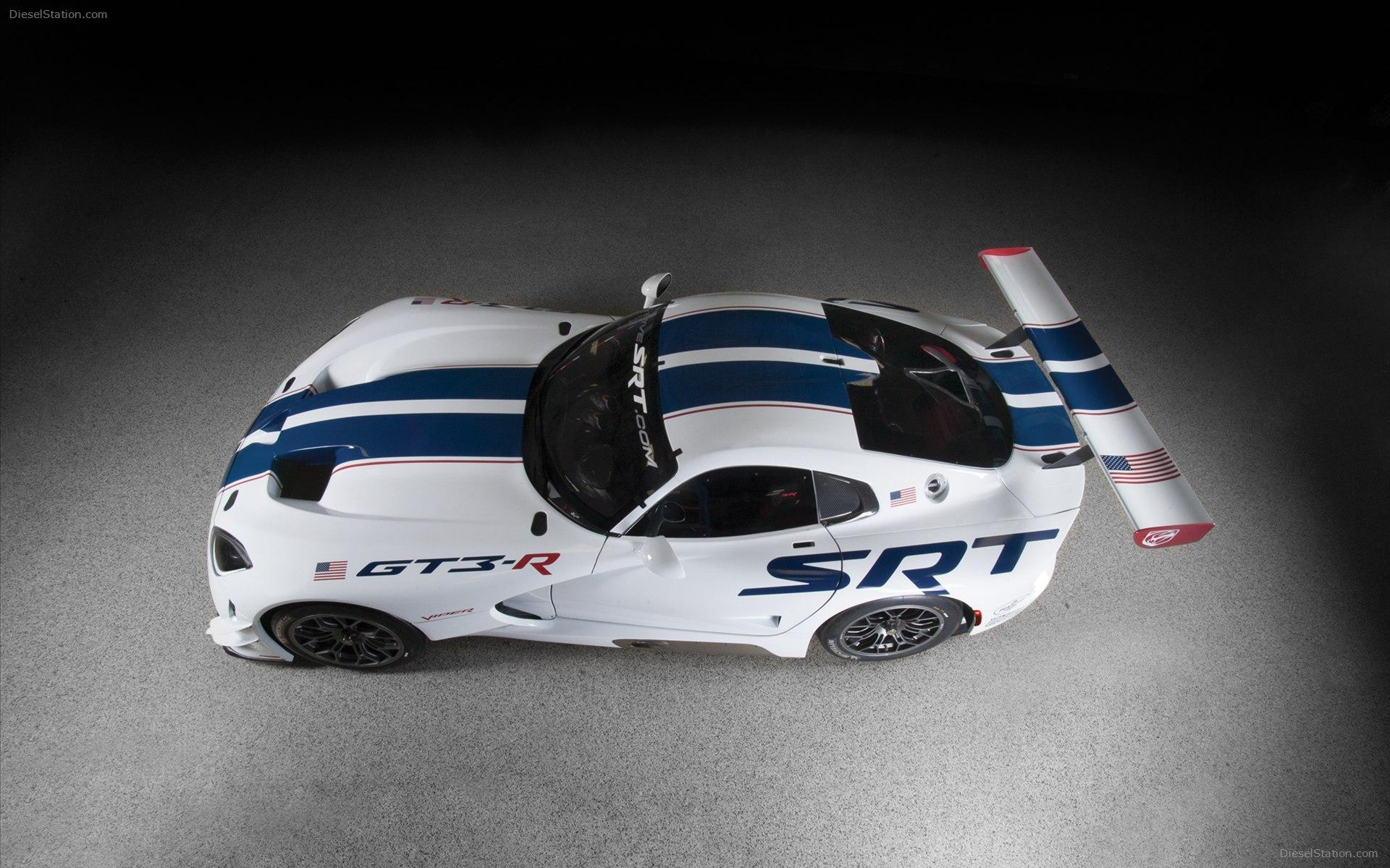 Dodge-SRT-Viper-GT3-R-2013-widescreen-03