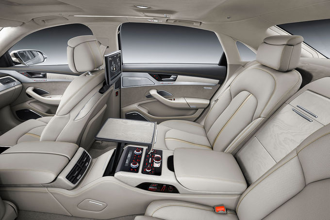 08-2013-Audi-A8-facelift-Sperrfrist-21-8-2013-W12-Innenraum-fotoshowImage-bc0df35f-710404