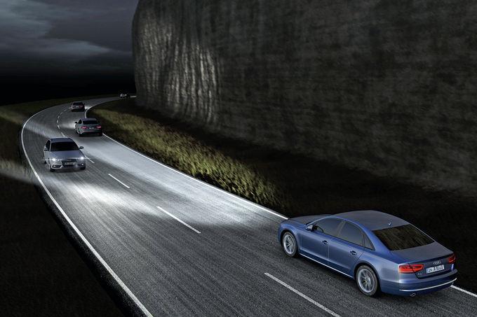 Audi-A8-Matrixlicht-fotoshowImage-b73348e7-706291