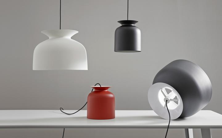 Ronde-pendant-lamp-by-Oliver-Schnick-for-GUBI