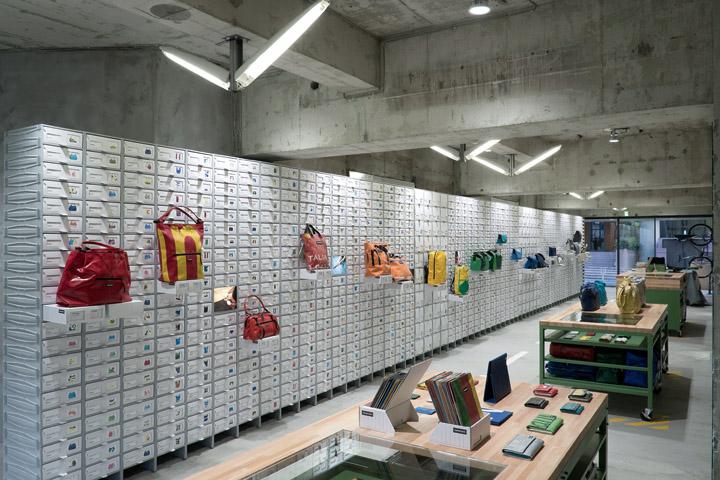 FREITAG-store-in-Shibuya-by-spillmann-echsle-architekten-Torafu-Architects-Tokyo-02