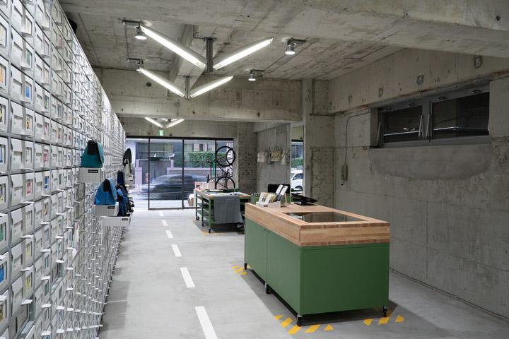 FREITAG-store-in-Shibuya-by-spillmann-echsle-architekten-Torafu-Architects-Tokyo-03