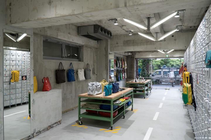 FREITAG-store-in-Shibuya-by-spillmann-echsle-architekten-Torafu-Architects-Tokyo-04