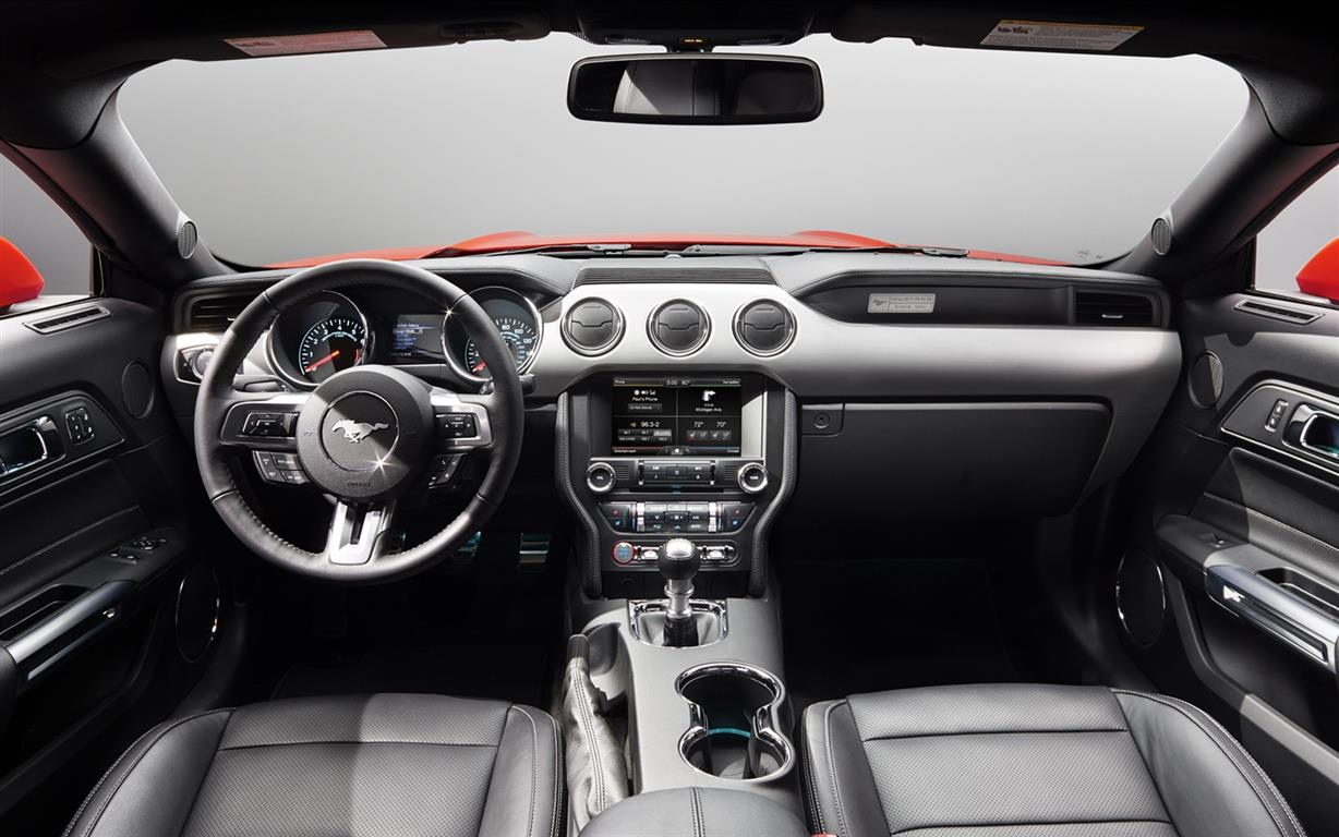 Ford-Mustang-2015-widescreen-04