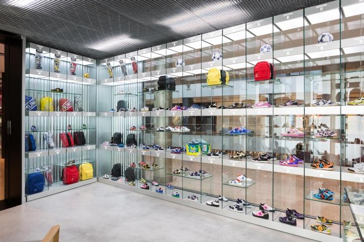 MUNICH-store-by-CuldeSac-Barcelona-Spain-04