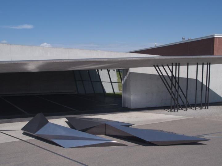 Prima-installation-for-Swarovski-Vitra-by-Zaha-Hadid-Weil-am-Rhein-Germany-02