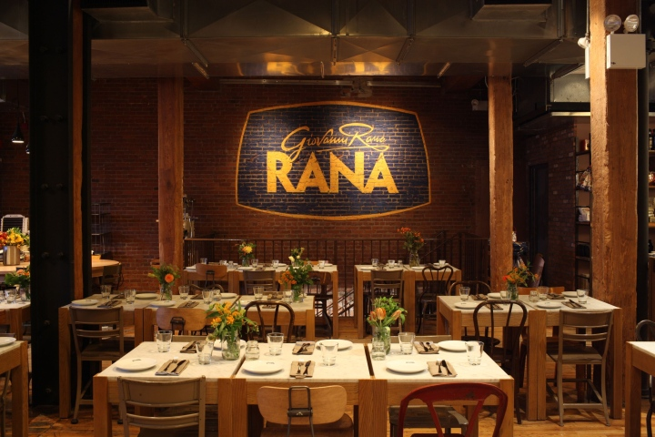 Giovanni-Rana-flagship-restaurant-branding-by-45gradi-New-York-