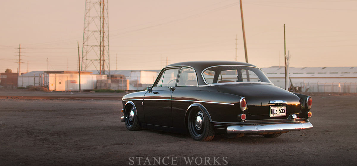 keith-ross-volvo-amazon-122-bagged-title