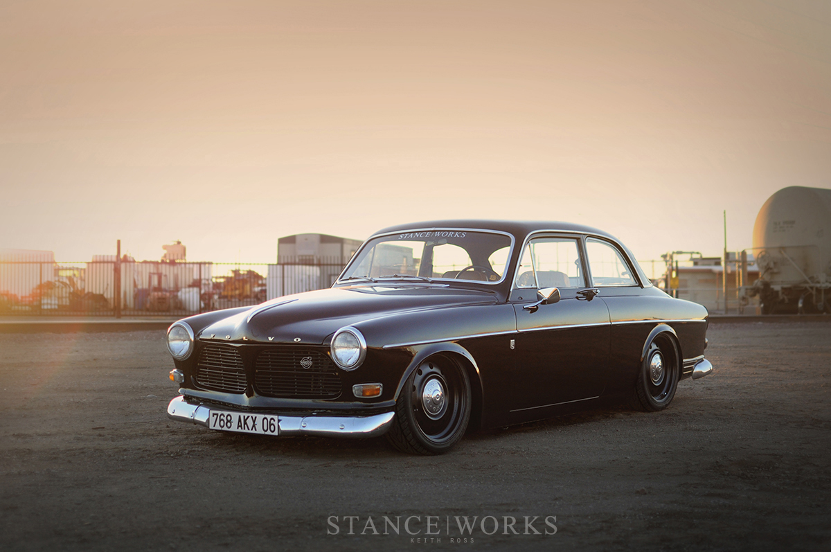 slammed-volvo-amazon-122-1966.jpg
