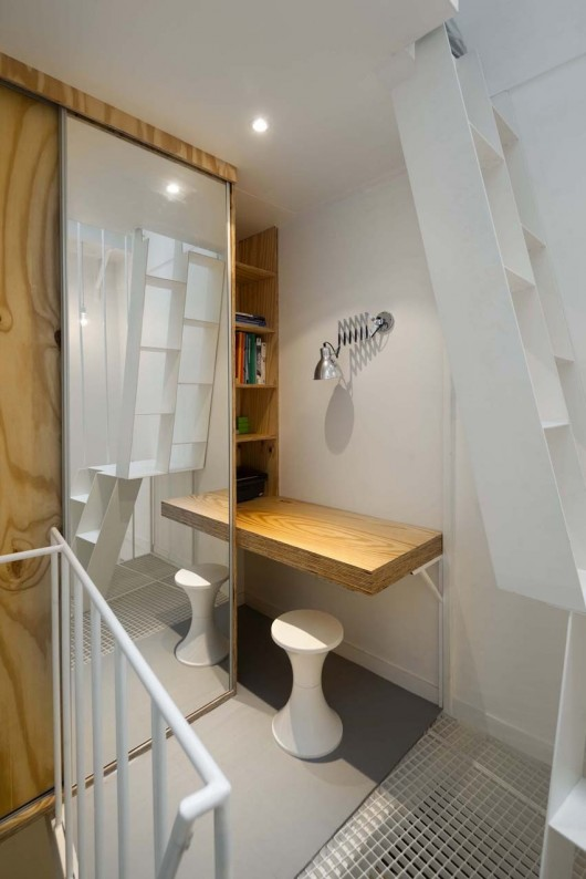5304cc4ee8e44ee8ac000123_tower-apartment-agence-sml_marc-sirvin-clemence-eliard-agence-sml-tower_appartment_04-530x794
