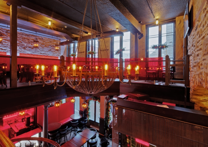 BEVO-Bar-and-Pizzeria-by-Camdi-Design-Bloom-Lighting-Group-Montreal-02