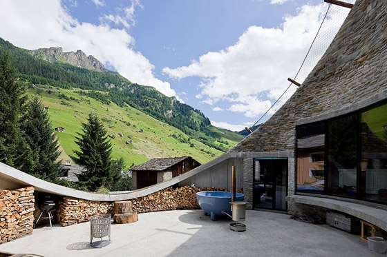CMA-_-Christian-Müller-Architects-Villa-in-Vals-09