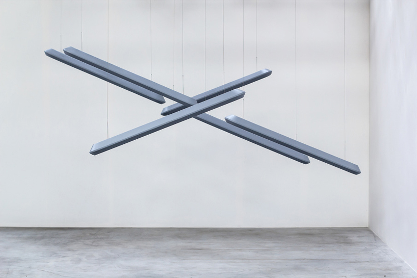 s1-interactive-pendant-lamp-thibault-designboom02