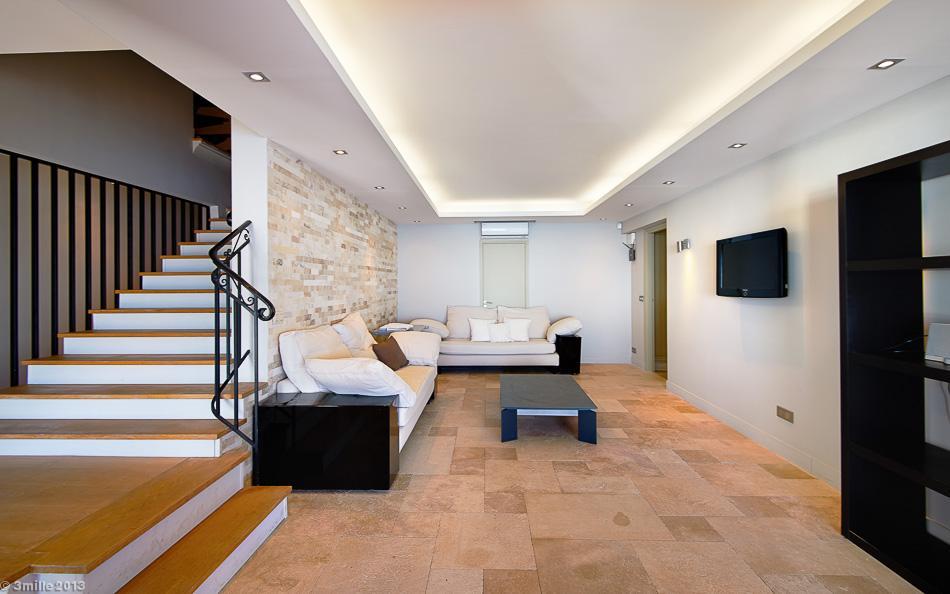 23-White-living-room