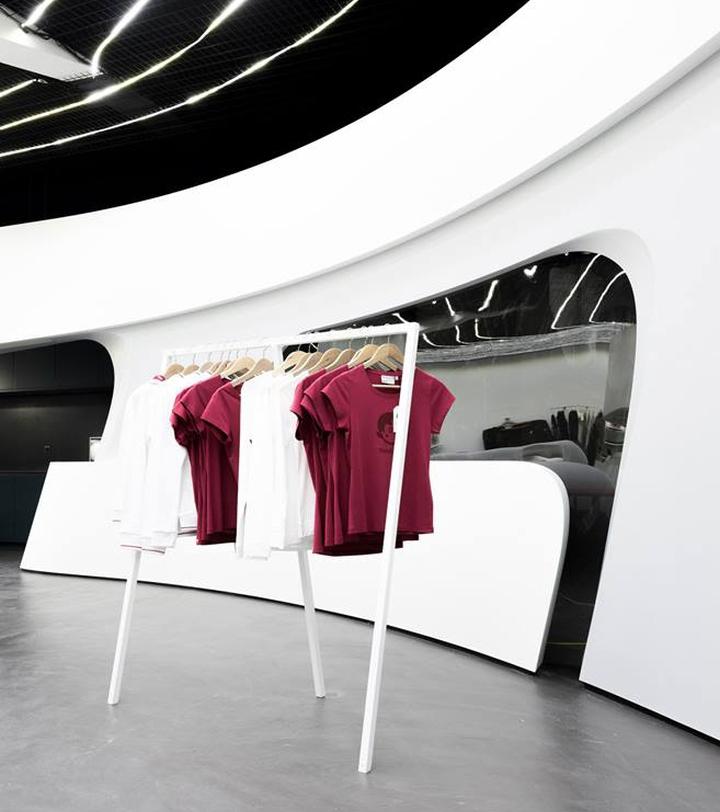 heidi-com-flagship-boutique-by-Zaha-Hadid-architects-Neuchatel-Switzerland-05