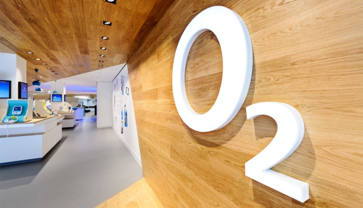 O2-Live-Concept-Store-by-hartmannvonsiebenthal-Berlin-10