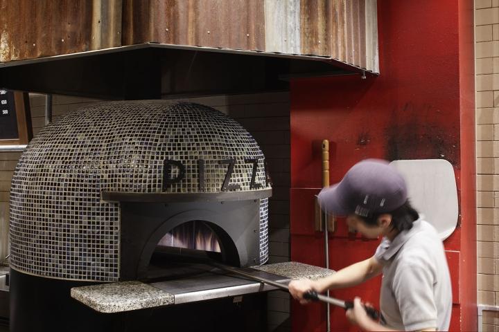 Pizza-Napoletano-Cafe-by-BaNANA-OFFICE-Tokyo-Japan-07