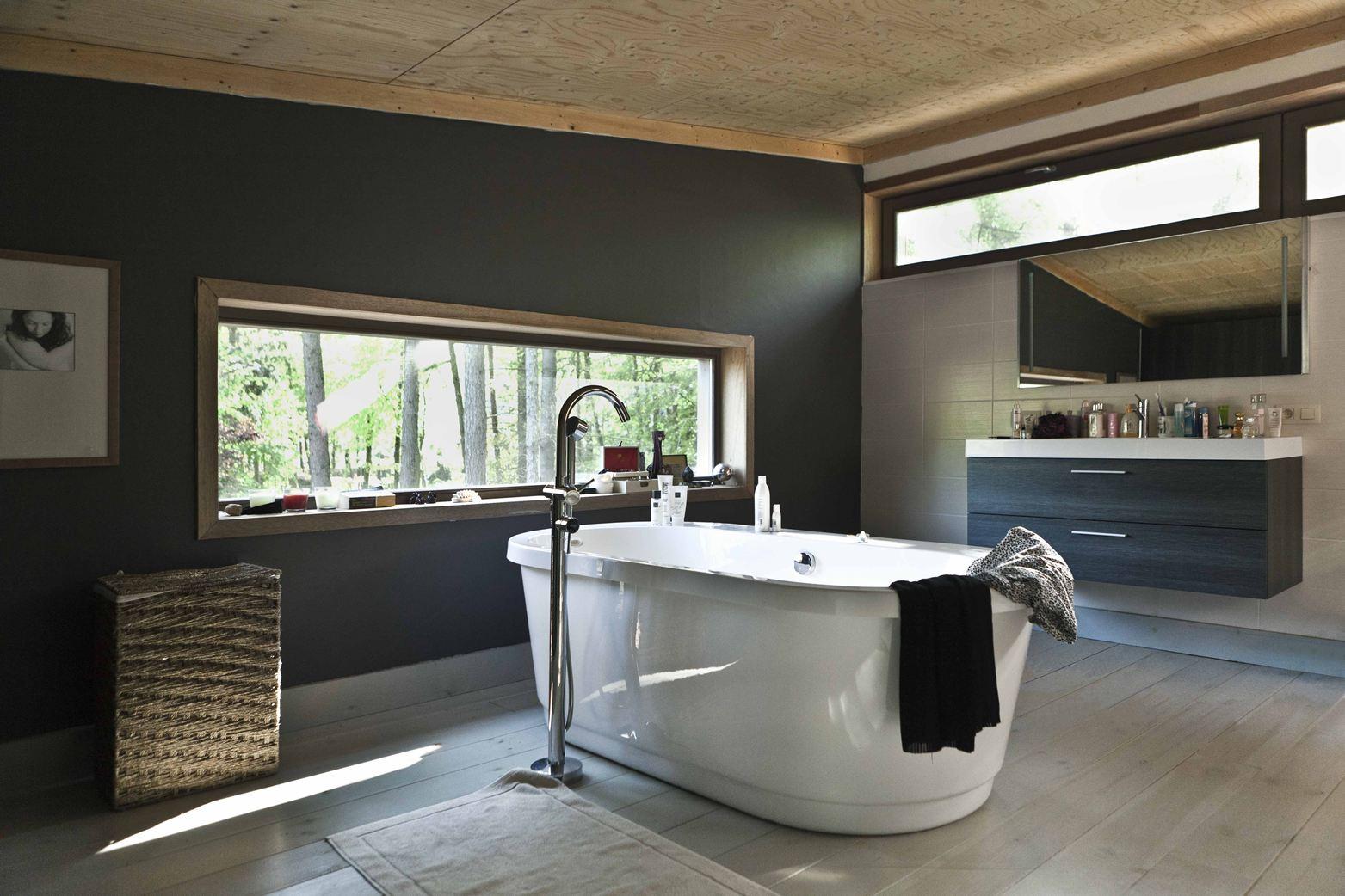 Wohnzimmercouch braun ihr traumhaus ideen for Badezimmer design app