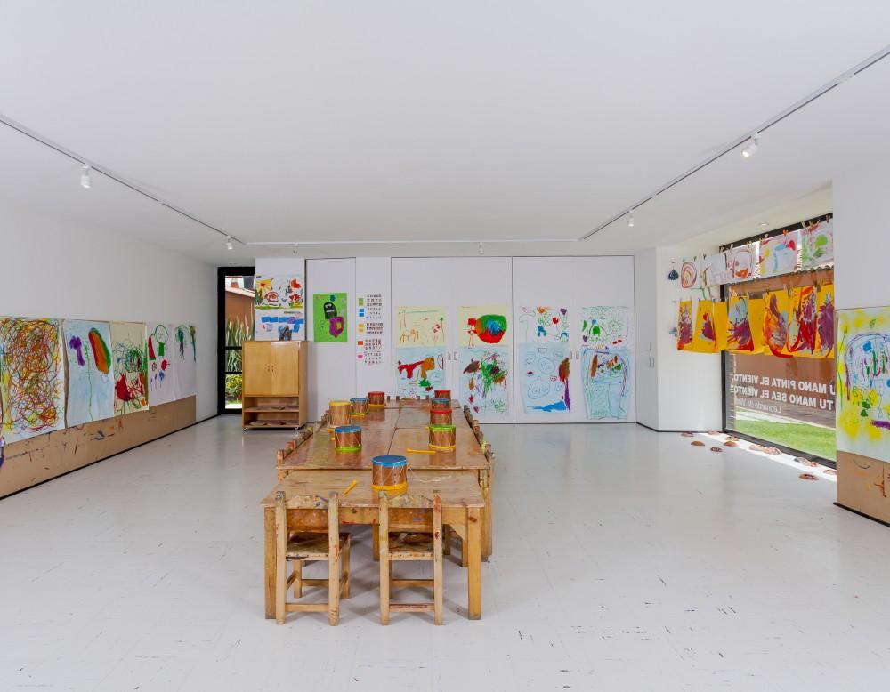 537bfacec07a802121000121_la-leroteca-lacaja-arquitectos_pa-media-bienal-lero-r-davila_mg_1180-1000x778