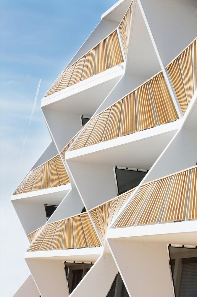 53a0db57c07a8079c5000139_ragnitzstra-e-housing-love-architecture-and-urbanism_1048-666x1000