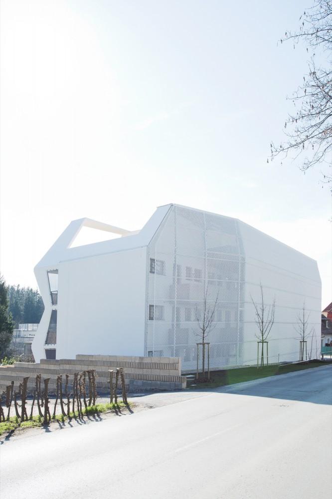 53a0dbd6c07a8079c500013a_ragnitzstra-e-housing-love-architecture-and-urbanism_1066-666x1000