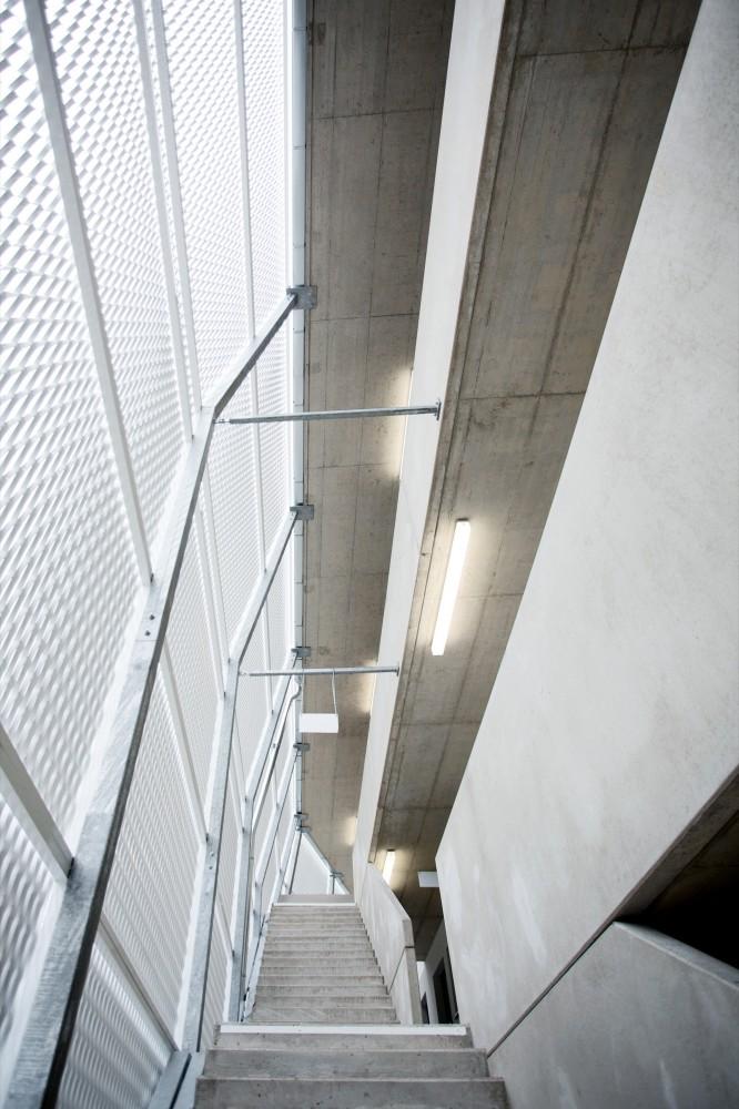 53a0dd13c07a8079c500013e_ragnitzstra-e-housing-love-architecture-and-urbanism_1269-666x1000
