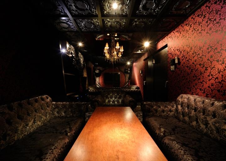 ETEETEI-Bar-Lounge-by-Design-Atelier-Rondo-Yokohama-Japan-07