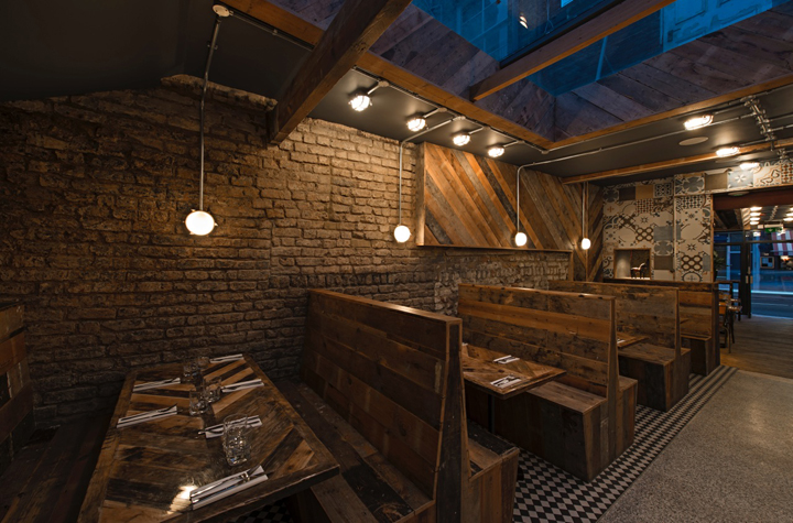 Fire-and-Feathers-restaurant-by-44th-Hill-London-UK-07-