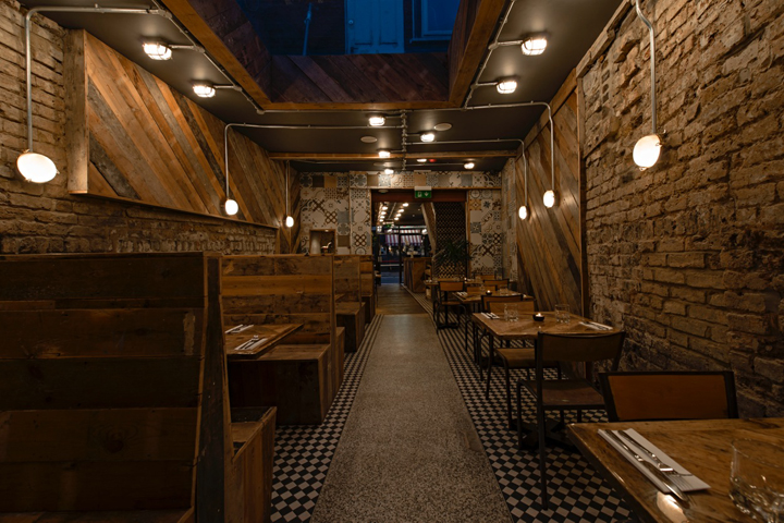 Fire-and-Feathers-restaurant-by-44th-Hill-London-UK