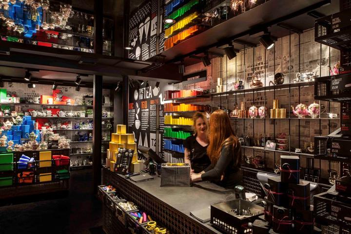 T2-tea-store-design-by-Landini-Associates-London-UK-09-