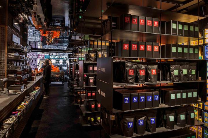 T2-tea-store-design-by-Landini-Associates-London-UK-15-
