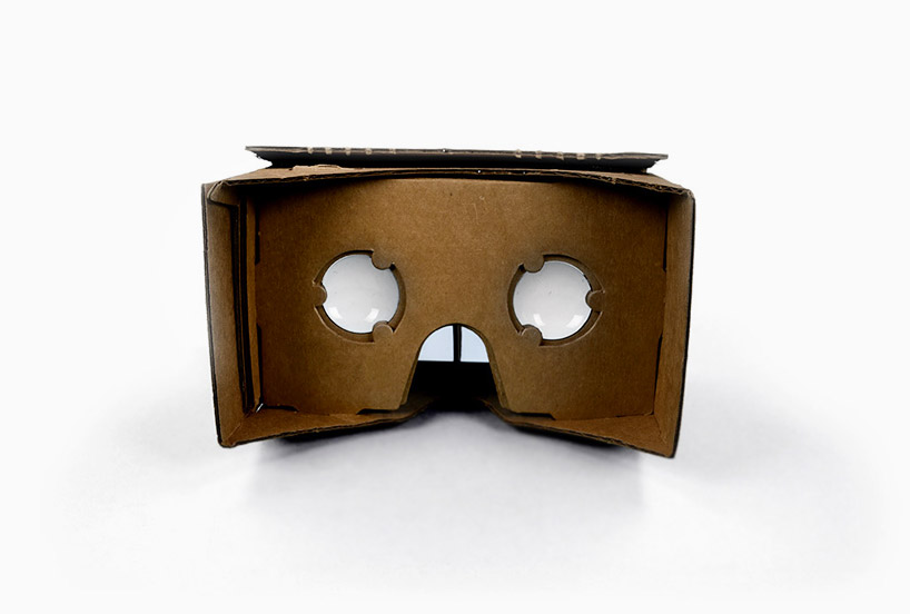 google-cardboard-transforms-any-smartphone-into-a-virtual-reality-headset-designboom-05