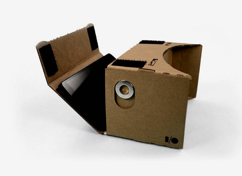 google-cardboard-transforms-any-smartphone-into-a-virtual-reality-headset-designboom-06