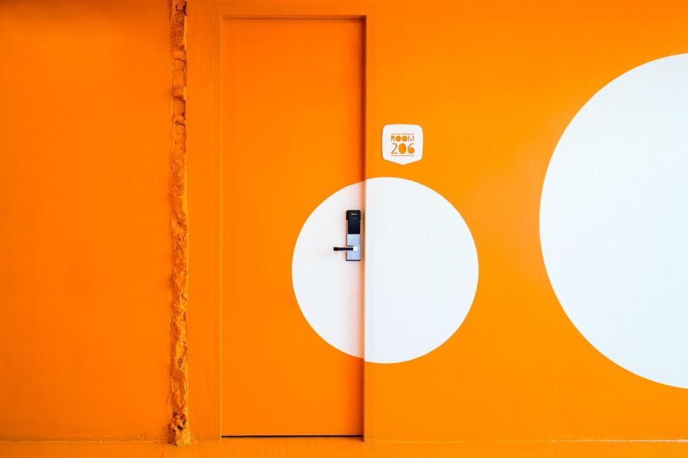 53c4ba18c07a809eb700004b_yim-huai-khwang-hostel-supermachine-studio_ss-yimhuaykwang-16-1000x666