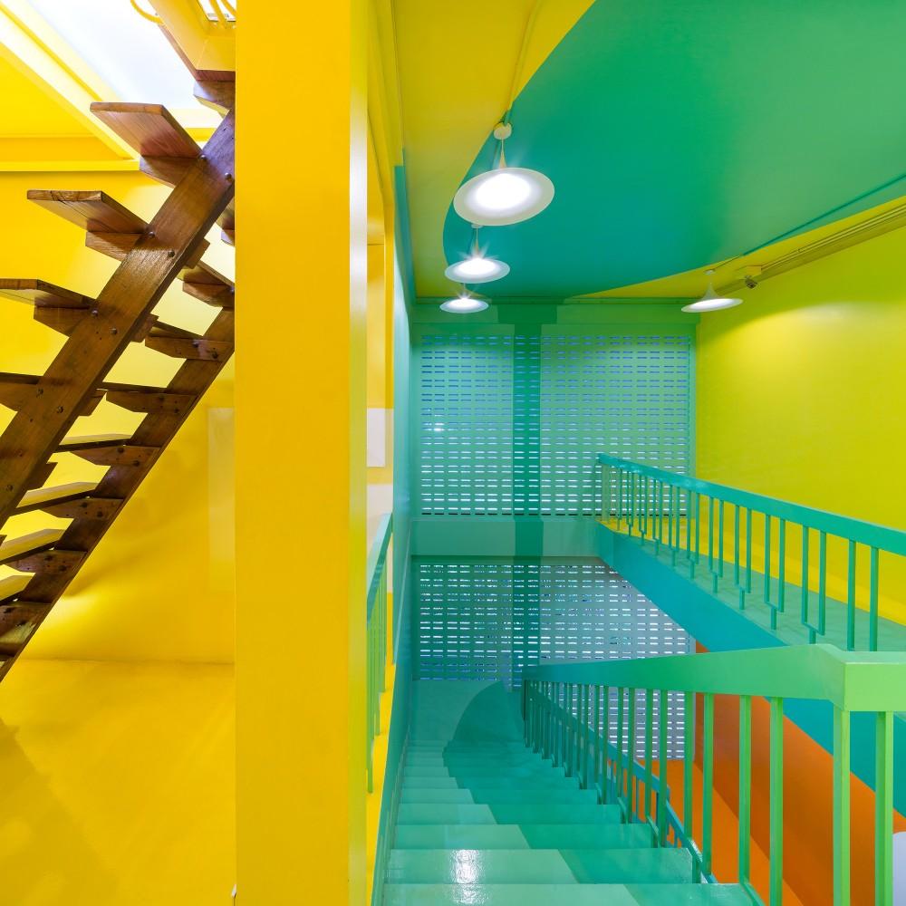 53c4ba48c07a809eb700004c_yim-huai-khwang-hostel-supermachine-studio_ss-yimhuaykwang-17-1000x1000