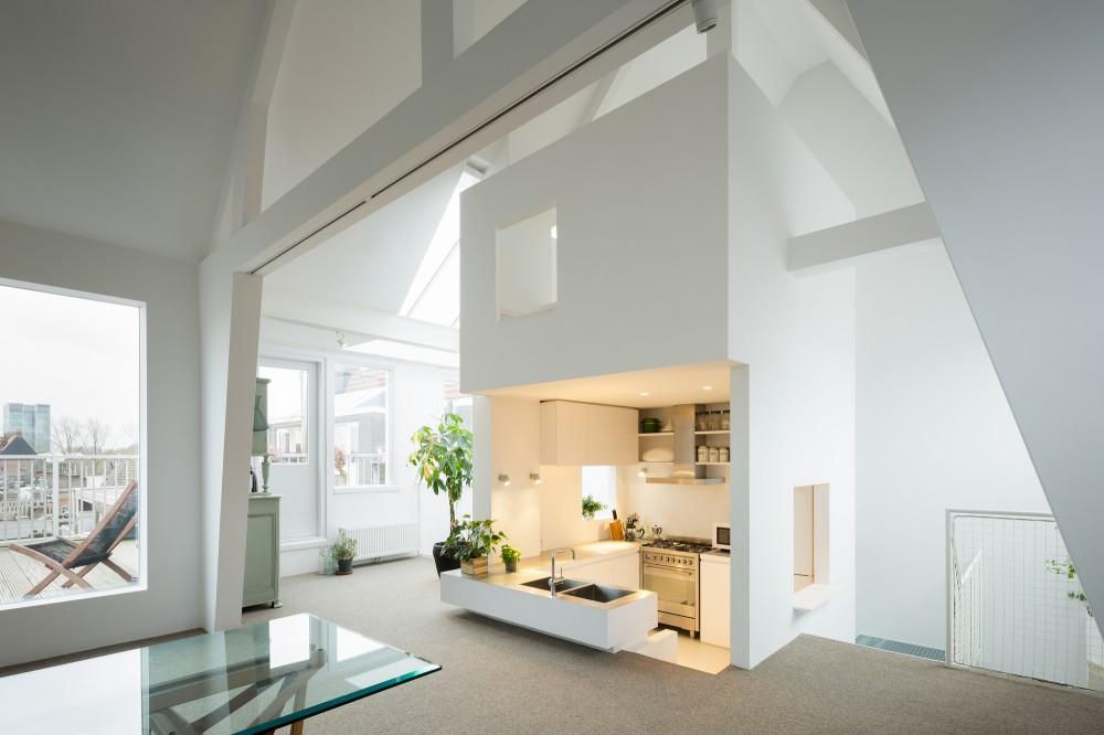 53d6d8a8c07a80d971000157_apartment-in-amsterdam-mamm-design_amsr_121_dc33318_l-1000x666