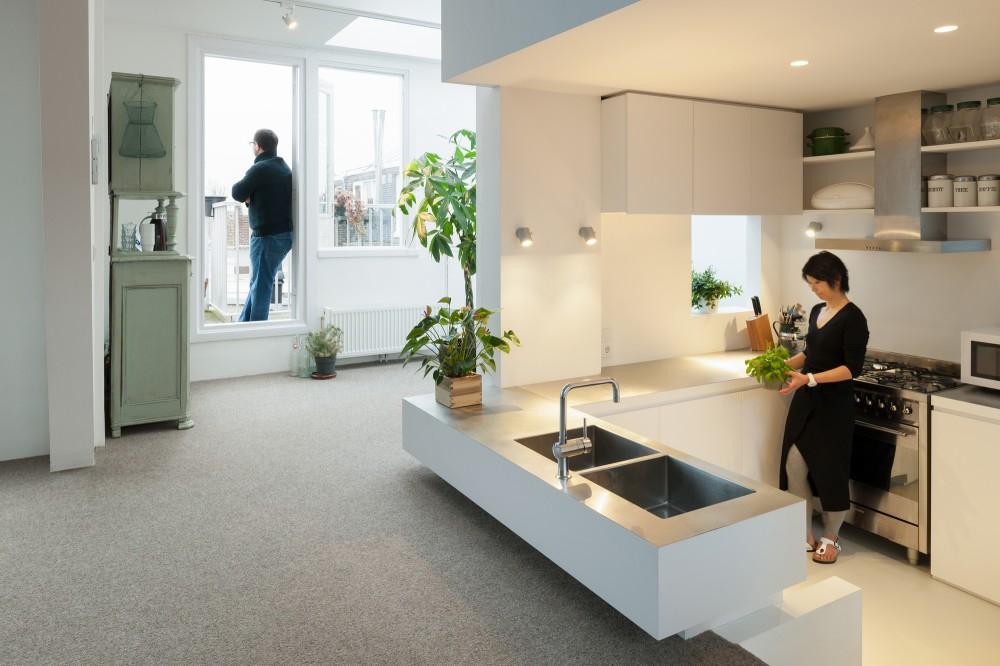 53d6d8ddc07a80452b00015f_apartment-in-amsterdam-mamm-design_amsr_123_dn10188_l-1000x666