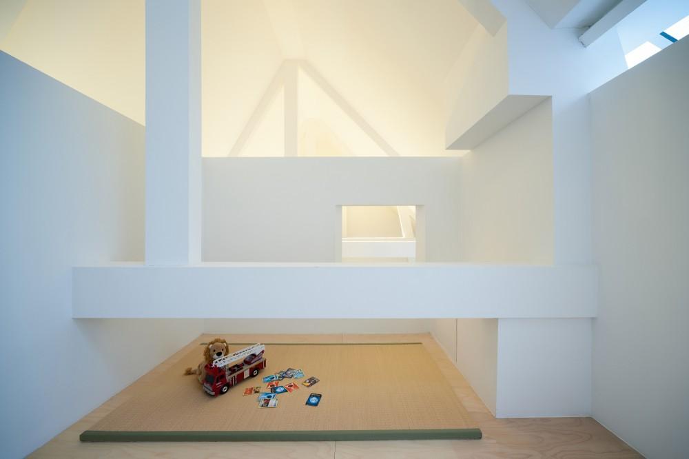 53d6d8eac07a80d971000158_apartment-in-amsterdam-mamm-design_amsr_124_dn10204_l-1000x666