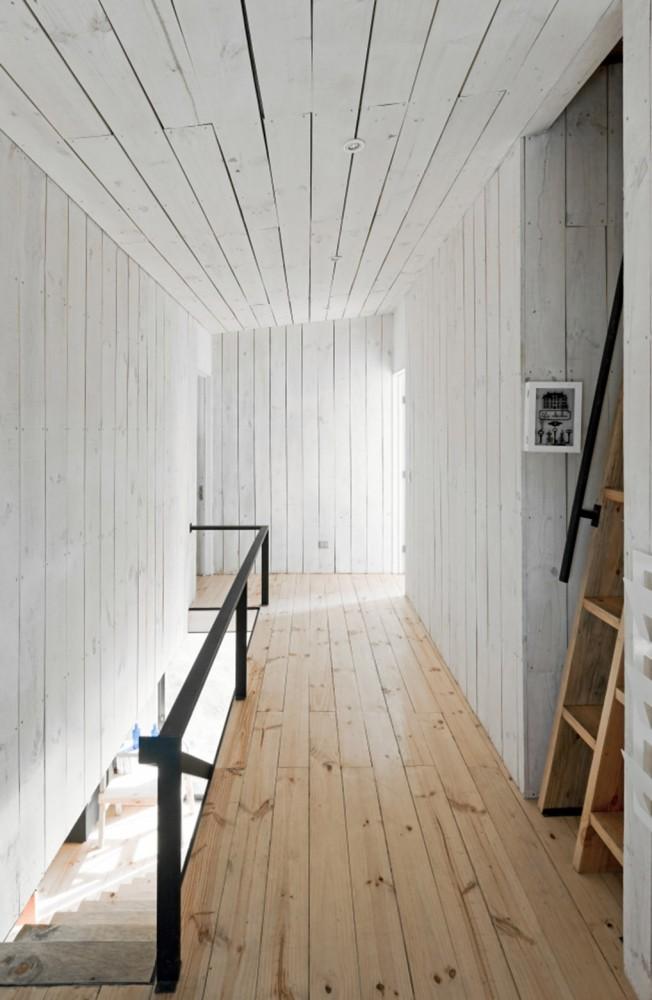 53e037c6c07a801874000120_puccio-house-wmr-arquitectos_sergio_matangrid_071-652x1000