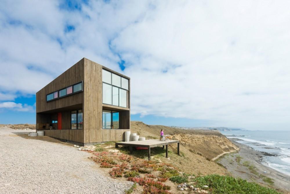53e03842c07a80bf020000cd_puccio-house-wmr-arquitectos_sergio_matangrid_374-1000x669