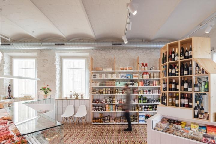 Germans-Soler-butchers-shop-by-Pau-Sarquella-Fabregas-Celra-Spain-02