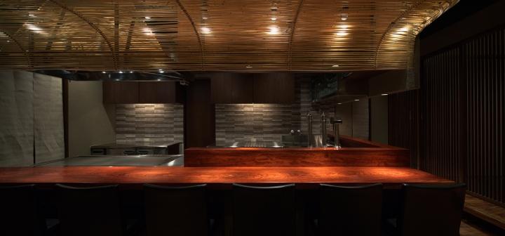 Kanoya-restaurant-by-Asano-Geijyutsu-Kumamoto-Japan-03