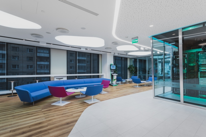 Microsoft-Technology-Center-by-UNK-project-Moscow-Russia-04
