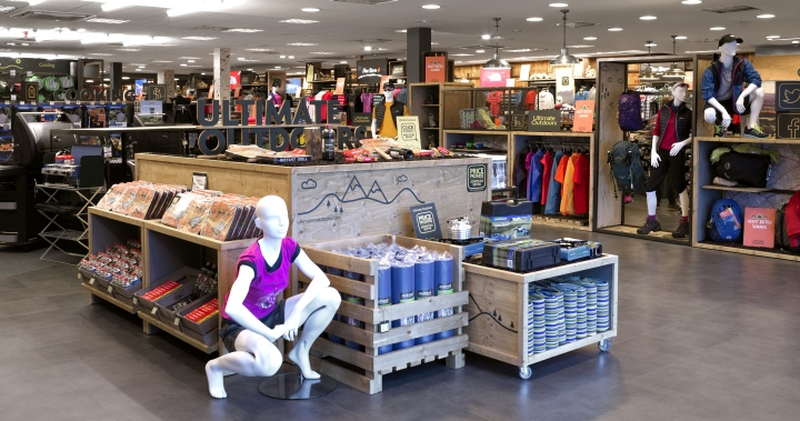 Ultimate-Outdoors-concept-store-by-Briggs-Hillier-Preston-UK-02