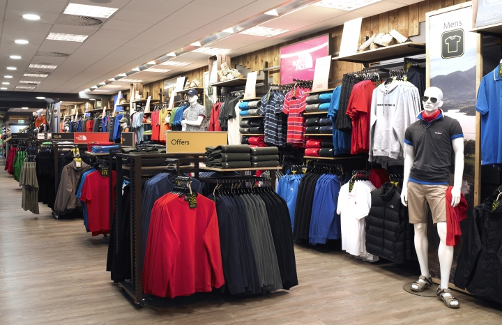Ultimate-Outdoors-concept-store-by-Briggs-Hillier-Preston-UK-03