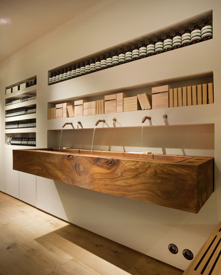 Aesop-store-by-in-Praise-of-Shadows-Lies-Marie-Hoffmann-Stockholm-Sweden02